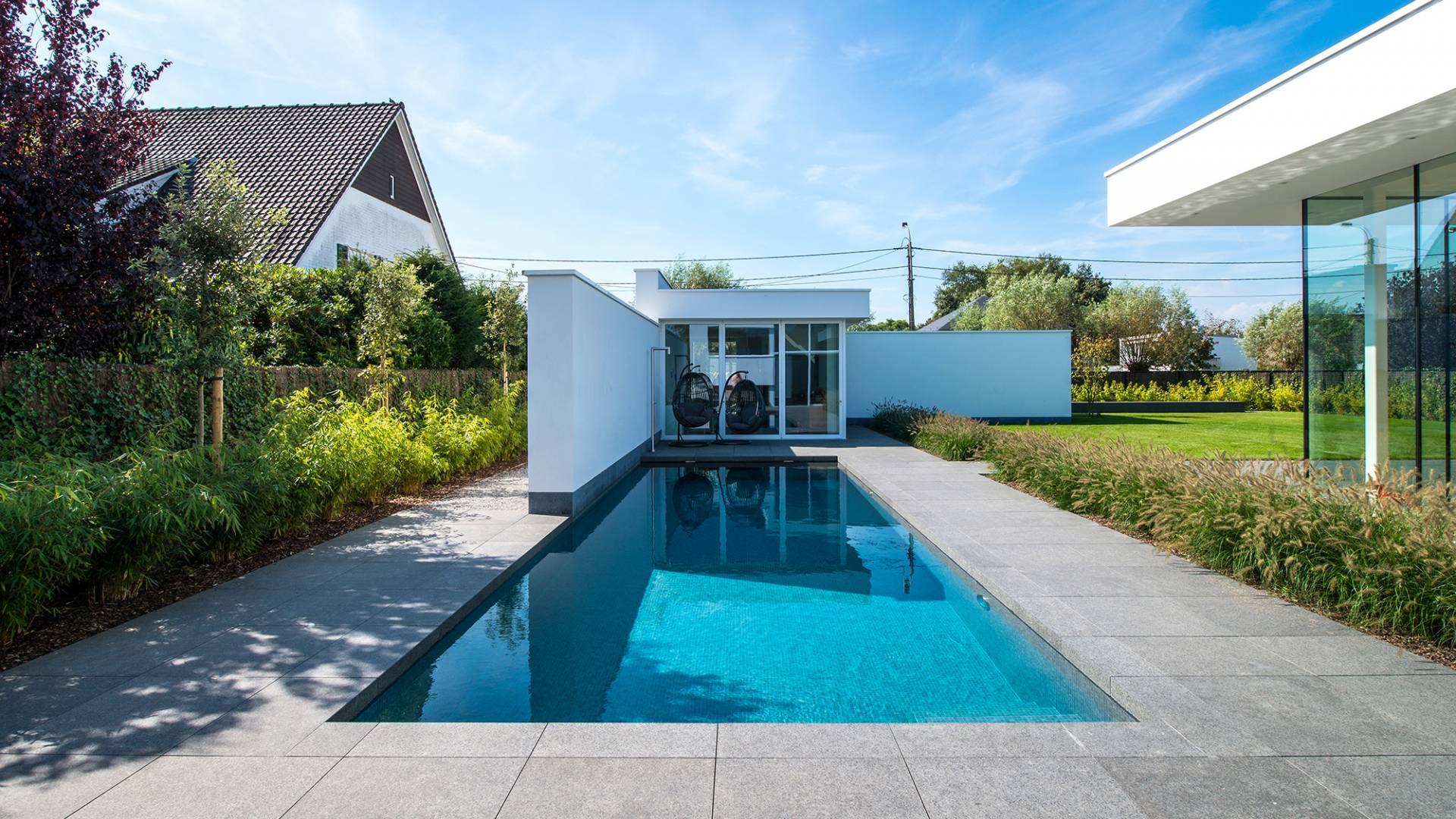 Huis muur zwembad waregem - Muur zwembad ...